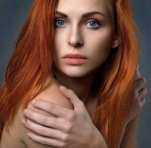 Die richtige Haarpflege behebt den Spliss und Haarbruch